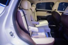 2021款VV6新车型亮相北京车展,儿童优先成亮点
